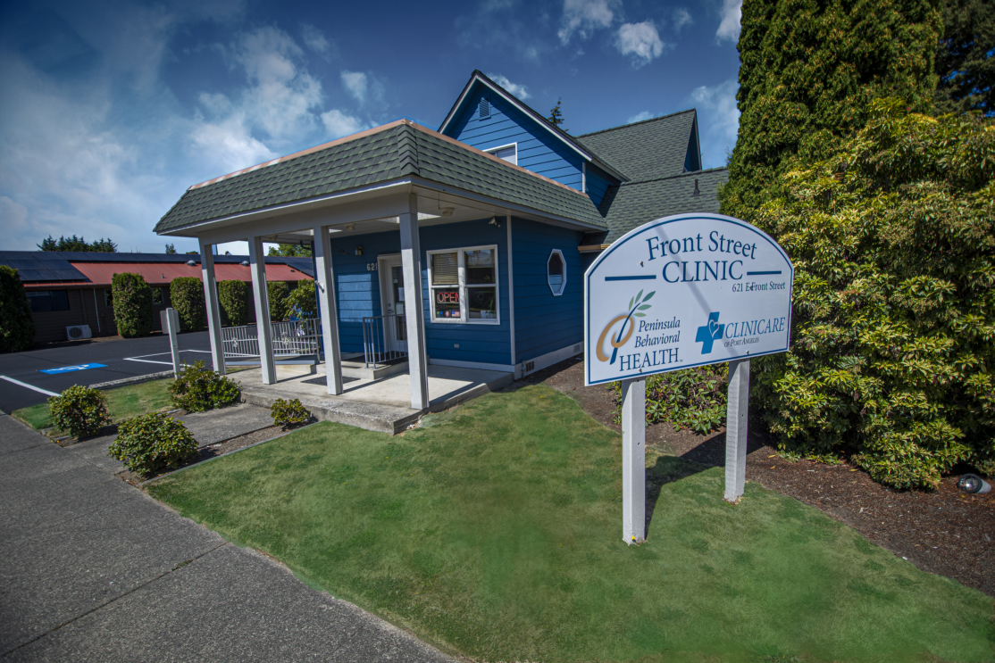 Peninsula Behavioral Health Front Street Clinic therapy in Clallam County private insurance Medicaid
